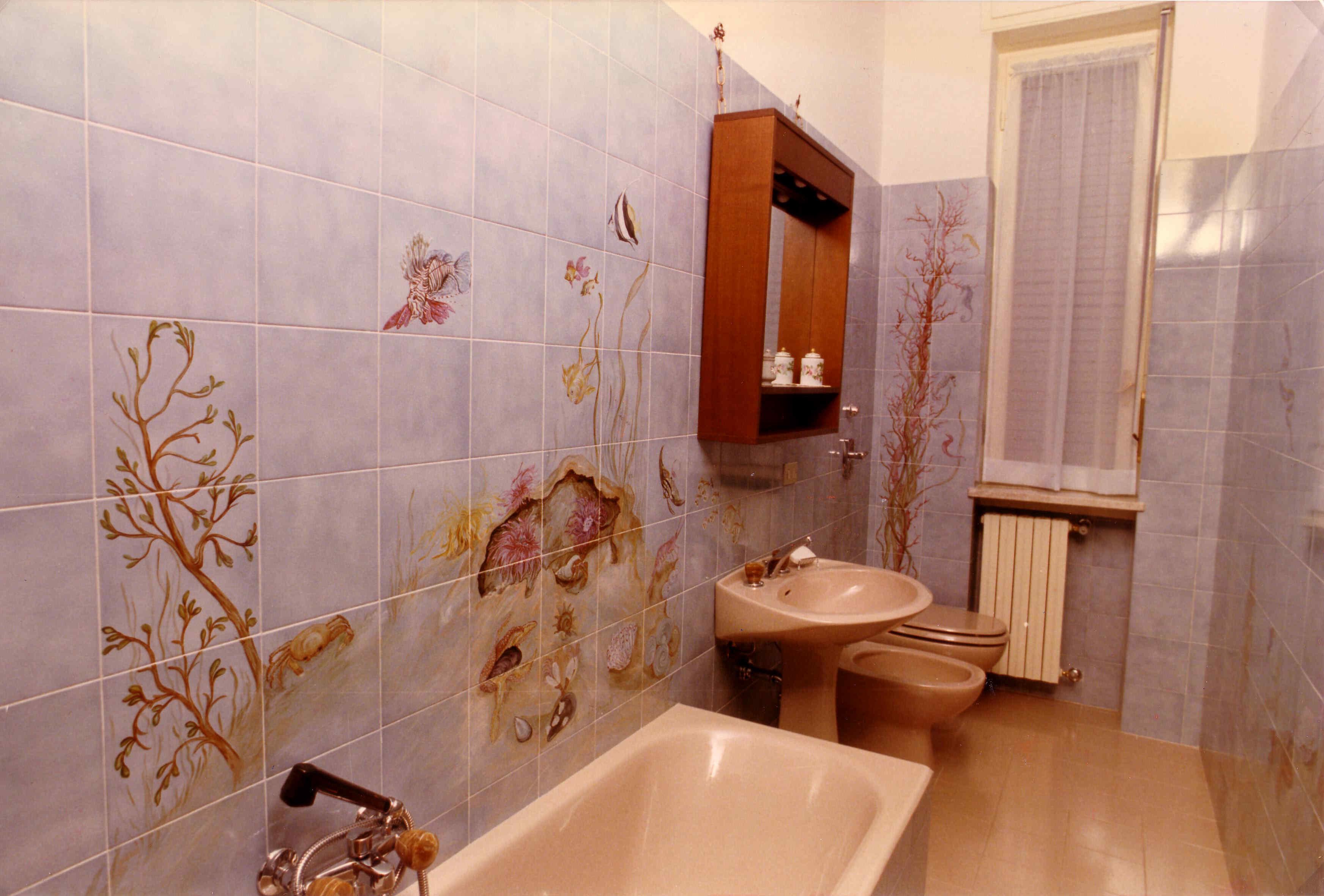Decorazione interiors veranda - Dipingere piastrelle bagno ...